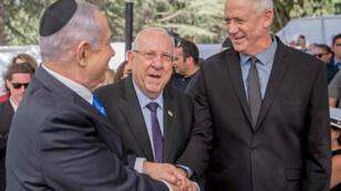 Le Premier ministre israélien, Benjamin Netanyahu, et son rival Benny Gantz (droite), le 19septembre2019.
