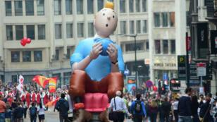 Un ballon gonflable à l'effigie de Tintin lors d'un défilé à Bruxelles, en septembre 2014.