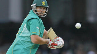Changing sides - South Africa great Jacques Kallis is now working with England in Sri Lanka