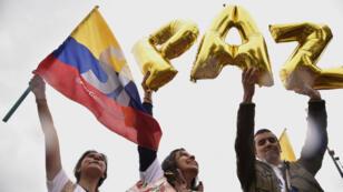 """أخيرا حل السلام في كولومبيا بعد الاتفاق بين الحكومة و""""فارك""""."""