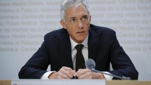 Le procureur suisse Michael Lauber, soupçonné de collusion avec le président de la Fifa, Gianni Infantino, sera auditionné à Berne par une commission parlementaire en vue d'une éventuelle révocation