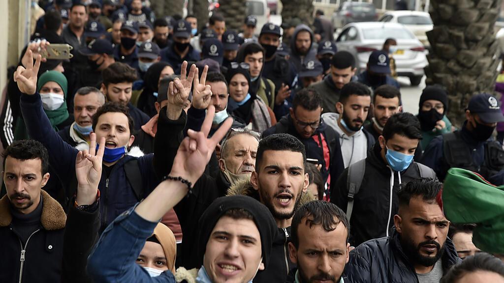 وزارة العدل الجزائرية تعلن إطلاق سراح 59 من معتقلي الرأي بموجب عفو رئاسي