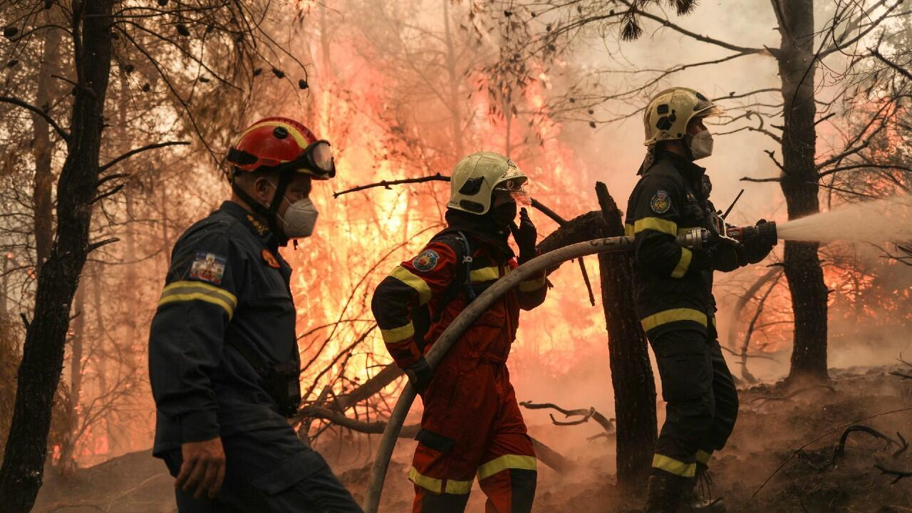 fOREIGN-FIREFIGHTERS