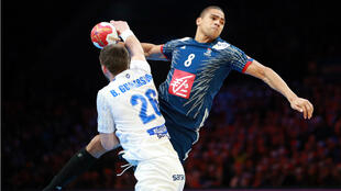 En deuxième mi-temps, les Bleus ont dominé l'Islande.