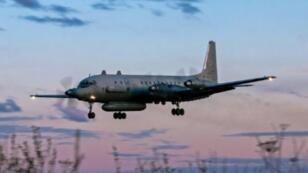 طائرة إيل-20 روسية مشابهة لتلك التي سقطت فوق سوريا