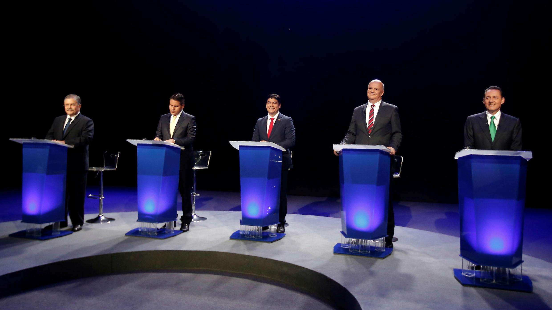 Candidatos a las elecciones presidenciales de Costa Rica en uno de los debates televisado.