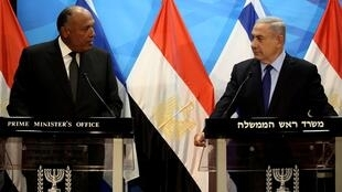 Gali Tibbon, AFP   Israeli Prime Minister Benjamin Netanyahu (R) gives a joint statement with Egyptian Foreign Minister Sameh Shoukry prior to their meeting at his Jerusalem office on July 10, 2016