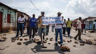 Des opposants au 3e mandat du président Nkurunziza, le16 mai à Bujumbura.