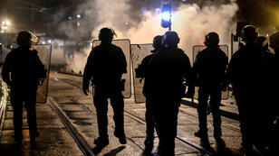 Des policiers anti-émeutes en février 2017 en France.