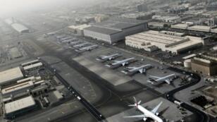 لقطة من الجو لمطار دبي في 2012