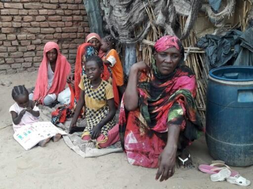 Los darfuríes que fueron expulsados de sus hogares en una brutal campaña de despoblación por el gobierno de Omar al-Bashir quieren que el ahora derrocado presidente se enfrente a la justicia.