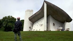 La chapelle Notre-Dame-du-Haut, à Ronchamp, près de Belfort, dans l'est de la France, est entrée au patrimoine mondial le 17 juillet.
