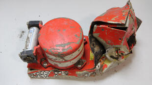 Les infiormations contenues dans les boîtes noires se trouvent dans la partie circulaire du module, épargnée lors du crash.
