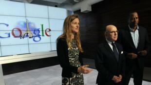 France's Bernard Cazeneuve (centre) meets Google executives at the company's headquarters in Mountain View, California.