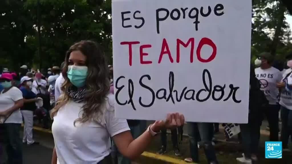 2021-09-19 16:06 Las primeras fisuras en la popularidad del presidente de El Salvador, Nayib Bukele