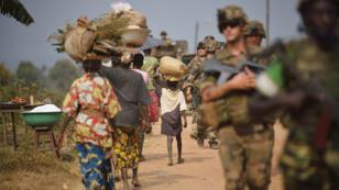 Des soldats de l'opération Sangaris en Centrafrique, en janvier 2014.
