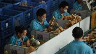 Les chaussures vendues par la marque d'Ivanka Trump sont confectionnées dans une usine de la province du Jiangxi.