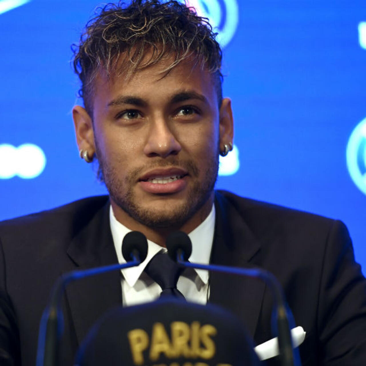 I Came To Paris For A Bigger Challenge Says Neymar