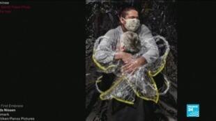 2021-04-16 05:13 World Press Photo : un cliché illustrant la pandémie de Covid au Brésil primé