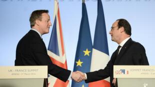 François Hollande et David Cameron, à Amiens, le 3 mars 2016.