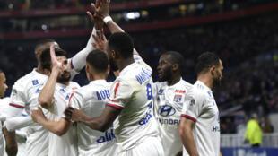 L'Olympique Lyonnais s'est facilement imposé face au SM Caen (4-0) pour s'assurer la 3e place de la Ligue 1, le 18 mai 2019.
