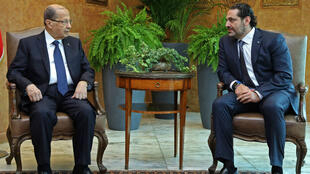 Le Premier ministre démissionaire du Liban, Saad Hariri (droite), et le président libanais Michel Aoun (gauche) le 22 novembre à Beyrouth.