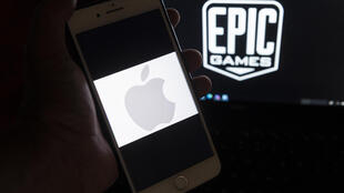 030521-apple-epic-m
