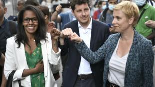 Audrey Pulvar, Julien Bayou et Clémentine Autain à Aubervilliers le 21 juin 2021 pour expliquer leur accord d'union