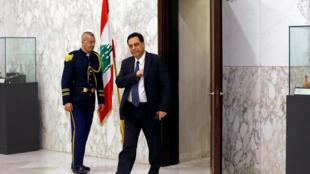 Hassan Diab dans le palais présidentielle de Baabda, à Beyrouth, après sa nomination de Premier ministre, le 19 décembre 2019.