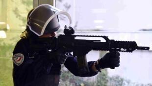 À l'approche de l'Euro-2016, plusieurs exercices de simulation d'attentat sont organisés en France.