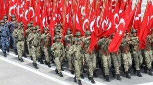 وافق البرلمان التركي على نشر جنود في قاعدة عسكرية في قطر