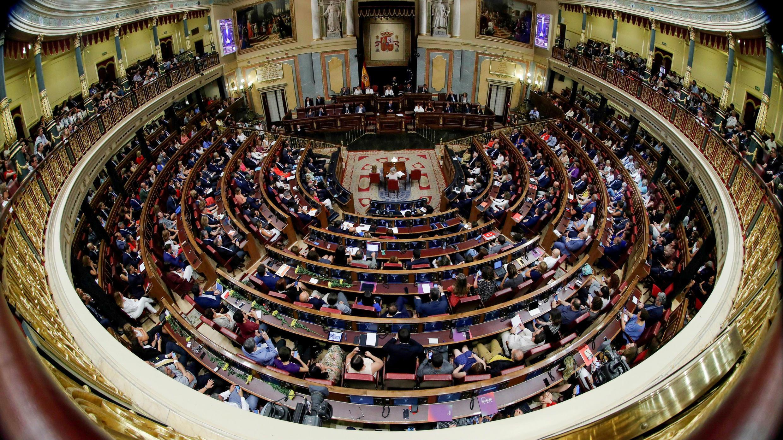 El jefe del Gobierno español, Pedro Sánchez, pronuncia su discurso durante el debate de investidura en el Parlamento de Madrid, España, el 22 de julio de 2019.