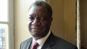 Le gynécologue Denis Mukwege lors de la remise d'un prix à Washington, le 25 février 2014.