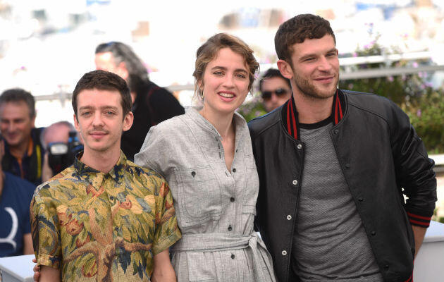 "From left to right: Nahuel Pérez Biscayart, Adèle Haenel and Arnaud Valois attend the Cannes photocall for Robin Campillo's ""120 Beats Per Minute"" on May 20, 2017."