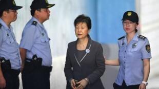 La expresidenta surcoreana Park Geun-hye durante su proceso judicial en Seúl, el 7 de agosto de 2017.
