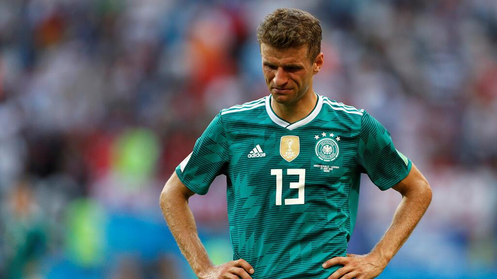 El alemán Thomas Müller, desanimado después del partido que dejó por fuera de la Copa del Mundo a su selección.