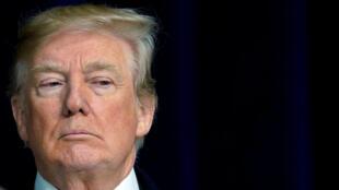 El presidente de EE. UU., Donald Trump, habla a los medios de comunicación en Camp David, Maryland, EE.UU., 6 de enero de 2018.
