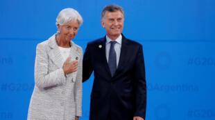 La directora del Fondo Monetario Internacional, Christine Lagarde, junto al presidente de Argentina, Mauricio Macri. Archivo.