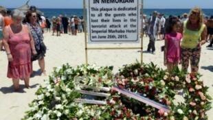 شاطئ القنطاوي في مدينة سوسة حيث وقعت مجزرة 2015