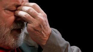 El expresidente de Brasil Luiz Inácio Lula da Silva deberá presentarse en la policía de Curitiba el viernes 6 de abril. Abril 2 de 2018.