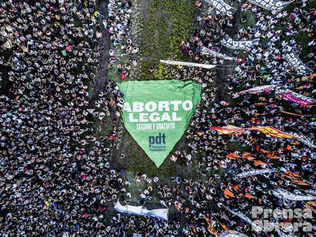 Le 8 mars 2018, 1 million de personnes ont défilé en faveur de la libéralisation de l'avortement en Argentine