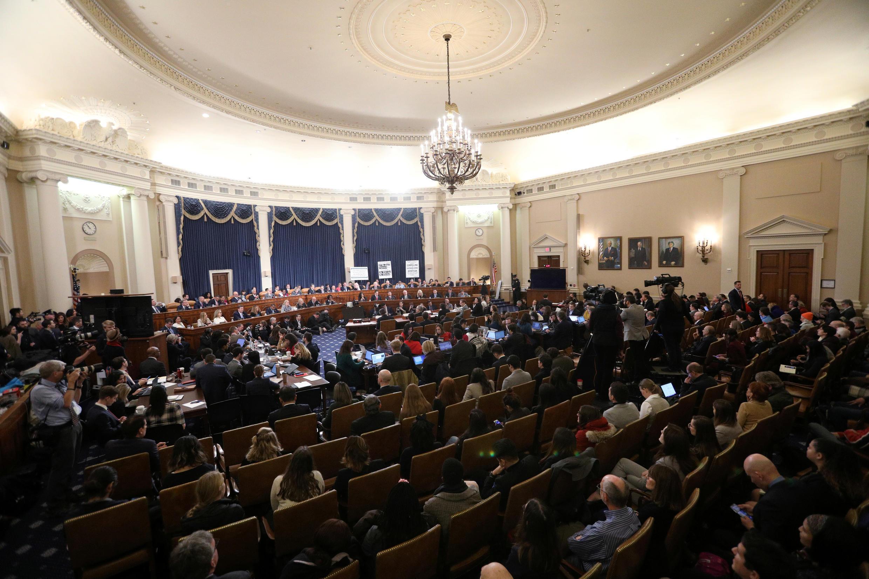 El Comité Judicial de la Cámara de Representantes celebra su primera audiencia sobre la investigación de juicio político contra el presidente de los Estados Unidos, Donald Trump, en Capitol Hill en Washington, EE. UU., 4 de diciembre de 2019.