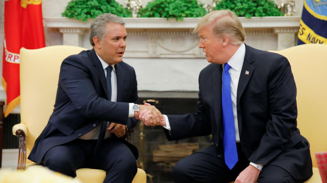 El presidente de Estados Unidos, Donald Trump, se reúne con el presidente de Colombia, Iván Duque, en la Oficina Oval de la Casa Blanca en Washington, el 13 de febrero de 2019.