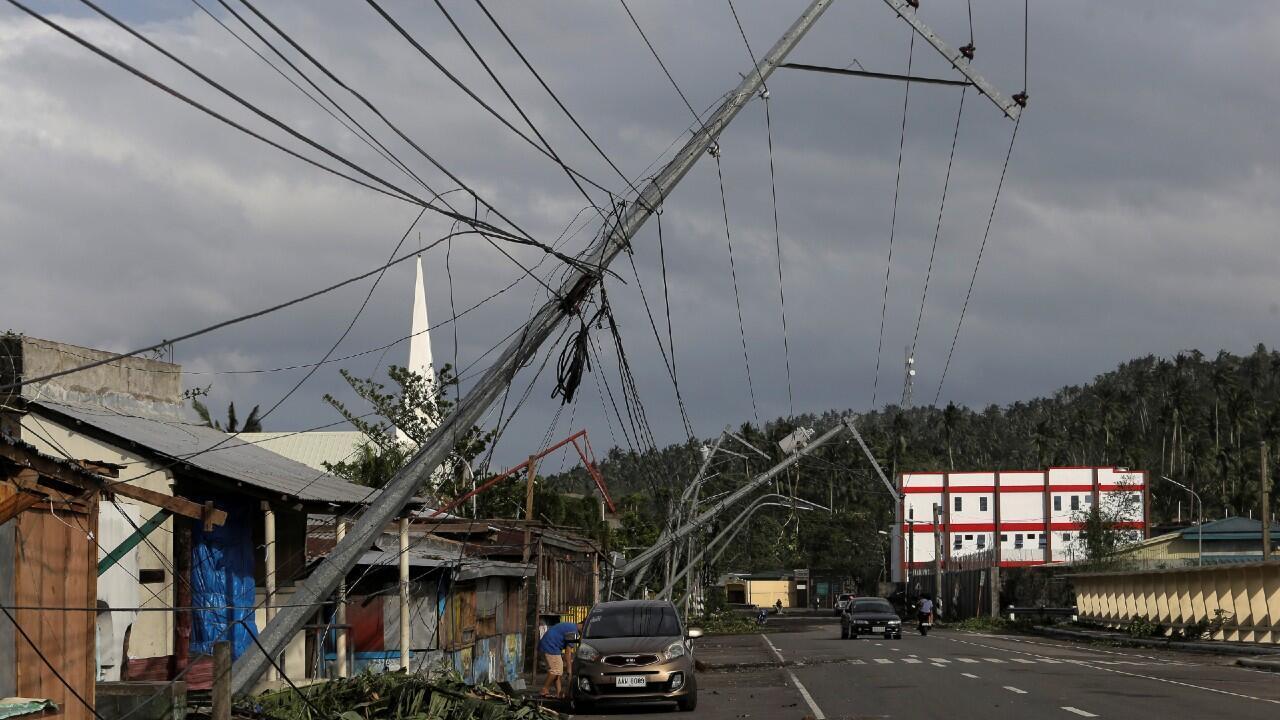Tifón filipinas tendido eléctrico