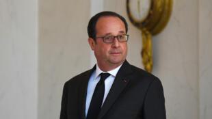 Le président de la République François Hollande, à l'Élysée le 12 avril 2017.