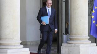Le Premier ministre Jean Castex sur le perron de l'Elysée, le 7 juillet 2020