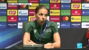 2020-12-02 14:19 Juventus-Dynamo Kiev : Stéphanie Frappart, première femme à arbitrer un match de Ligue des champions
