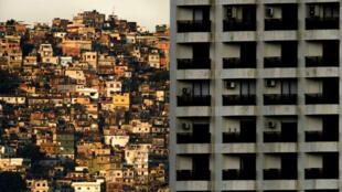 Fanny-Lothaire-favelas-main-m