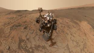 """المسبار الأمريكي """"كوريوسيتي"""" حبط على سطح المريخ في 2012."""