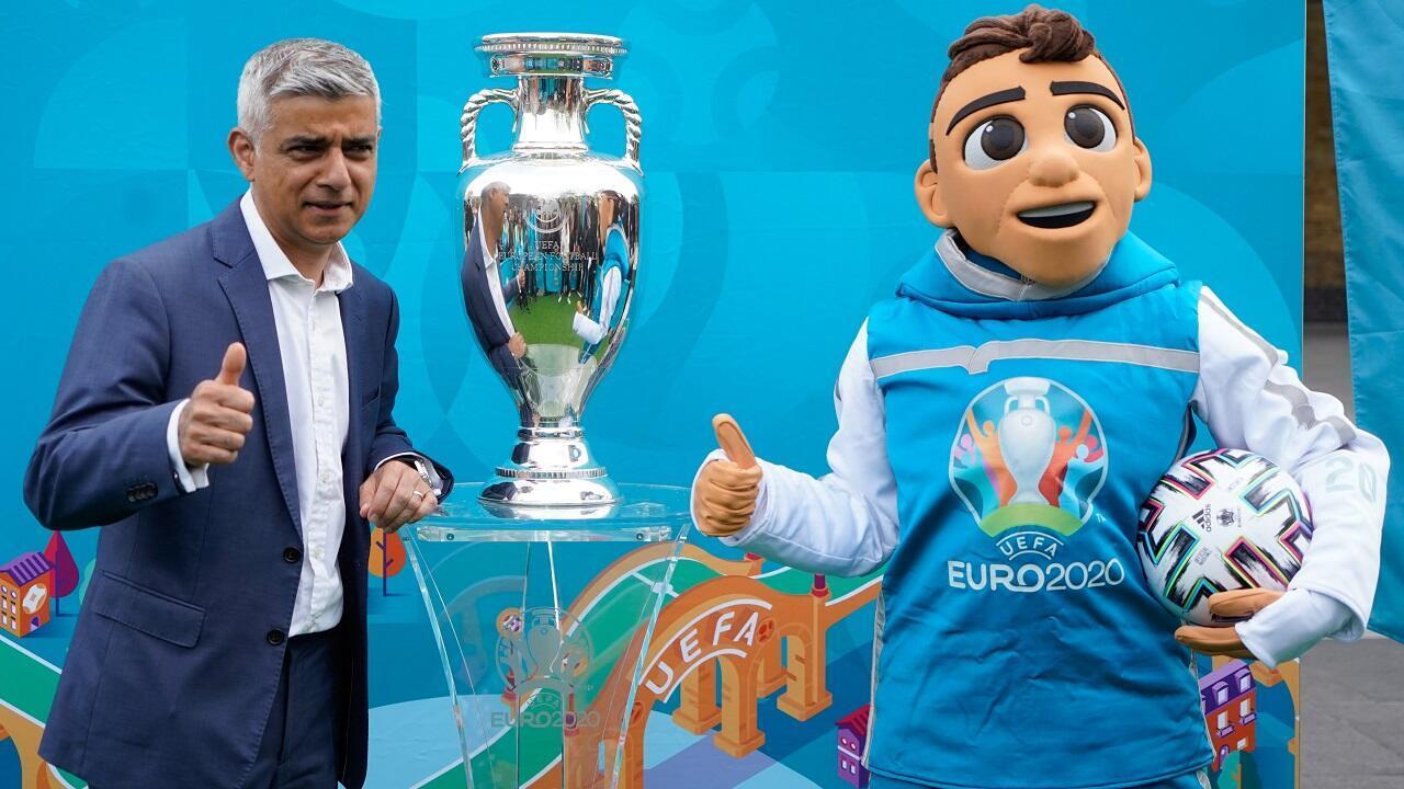 PHOTO Sadiq Khan et Skillzy - Euro 2020